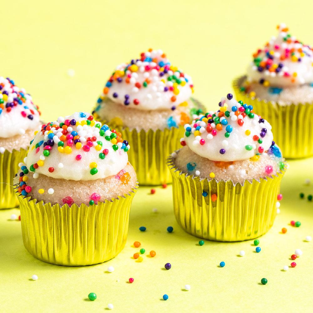 cannabis mini cupcakes